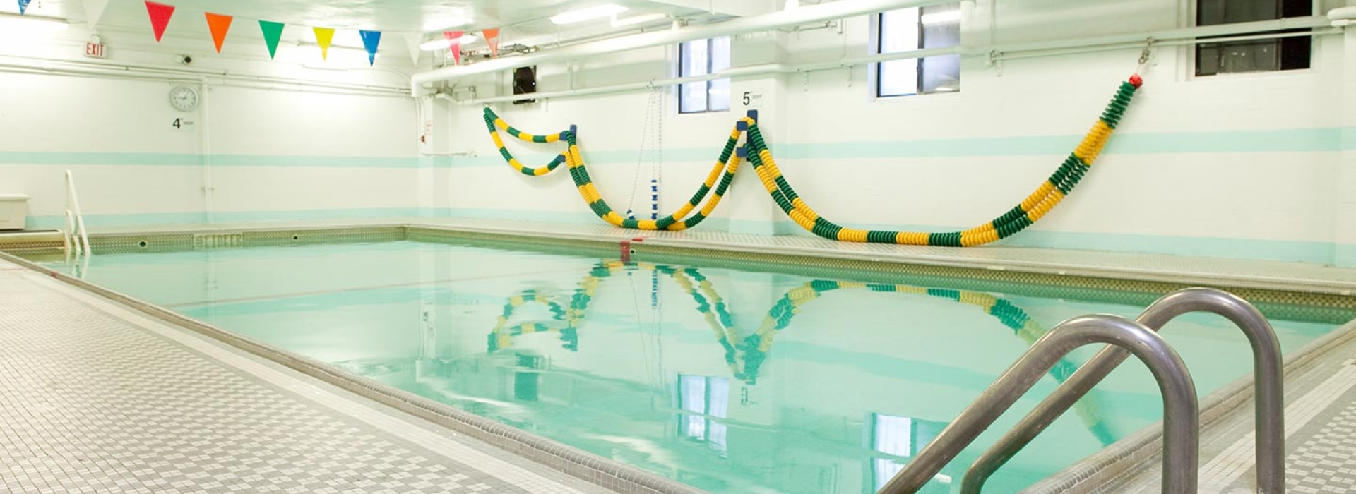 About greenpoint ymca new york city 39 s ymca for Indoor swimming pools in brooklyn